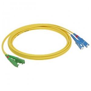 Patchcord światłowodowy jednomodowy, E2000/APC-SC/PC, SM 9/125, LS0H, simplex, 1m